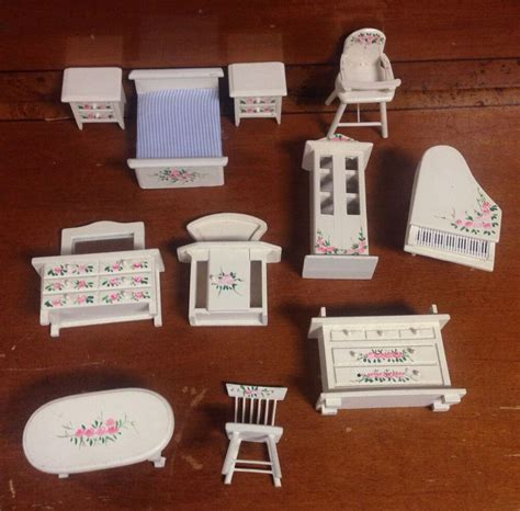 shabby chic furniture on ebay 11 shabby chic dollhouse furniture ebay