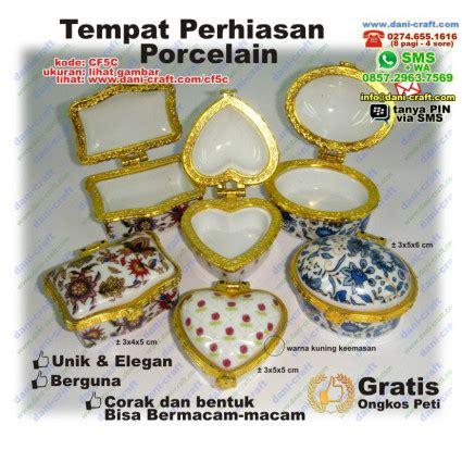 Souvenir Pernikahan Tempat Cincin Porselen Mewah Dan Murah tempat perhiasan porcelain souvenir pernikahan