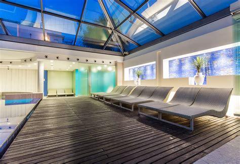 hotel riccione con piscina interna centro benessere spa riccione piscina coperta farm