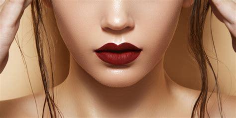 Lipstik Untuk Si Bibir Tebal tips memilih lipstik yang sesuai dengan warna kulit