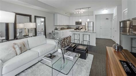 luxury one bedroom apartment tour a luxury 1 bedroom apartment at the new oaks of