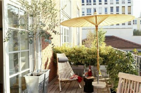balkon liegen balkon gestalten coole ideen zum selbermachen