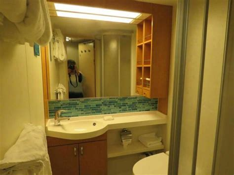 oasis of the seas cabin reviews oasis of the seas cabins and staterooms