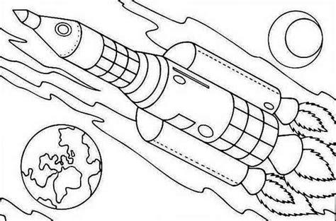 coloring page of rocket ship 14 rocket ship coloring page to print print color craft