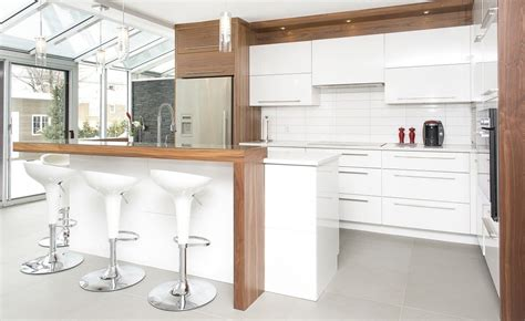 armoires contemporaines design cuisine contemporaine armoires novaro cuisines et