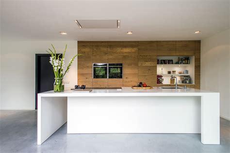 houten keuken met wit blad keukeninspiratie houten keukens met eiland nieuws