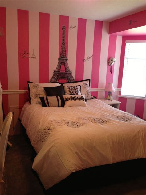 french themed bedroom 17 best images about b w pink rooms on pinterest paris