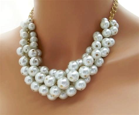 chunky necklace chunky pearl necklace white pearl necklace large pearl