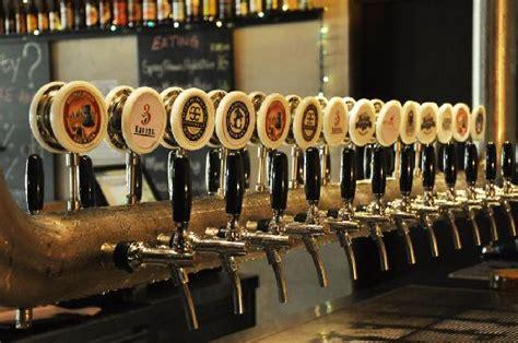 Taps Beer Bar Kuala Lumpur Restaurant Reviews Phone On Tap Bar