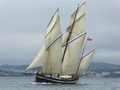 ship greyhound on sailing adventures sustainable shipping