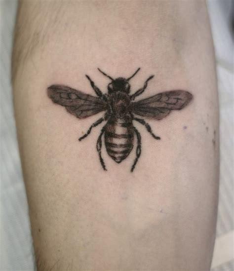 honeybee tattoo bumblebee tattoos