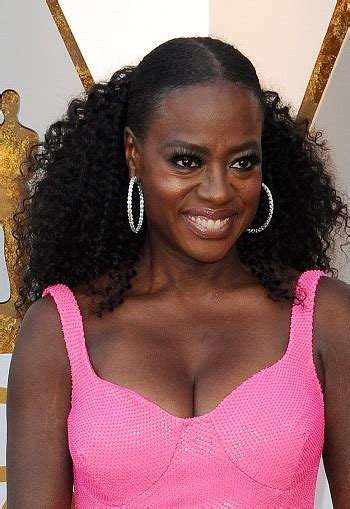 Pinned Back Hairstyles by Hairstyles Viola Davis Pinned Back Curly Hairstyle