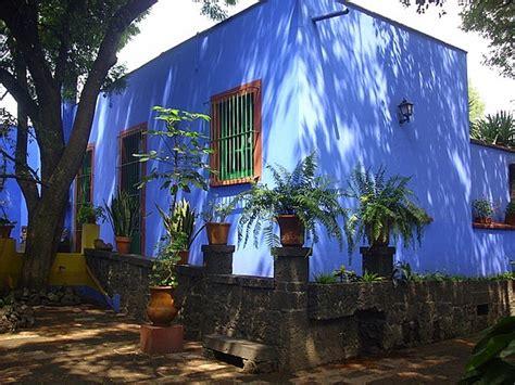 casa azul frida pinkpagodastudio frida kahlo s la casa azul