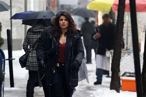 priyanka chopra house ny priyanka chopra is house hunting in new york bollywood