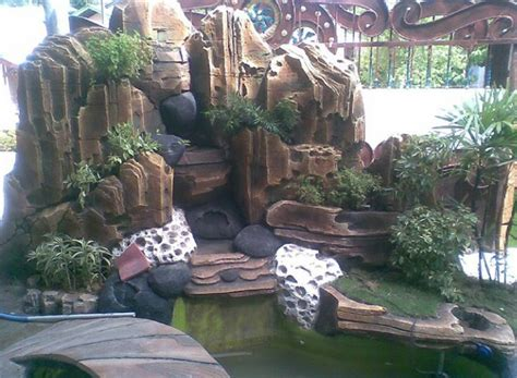 Bibit Ikan Koi Gresik garden style tukang taman surabaya jasa pembuatan