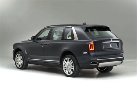 roll royce jeep rolls royce cullinan revealed exclusive pictures of