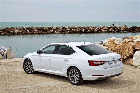 skoda superb laurin škoda superb laurin klement 2015 pr