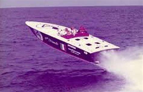 cigarette boat old history