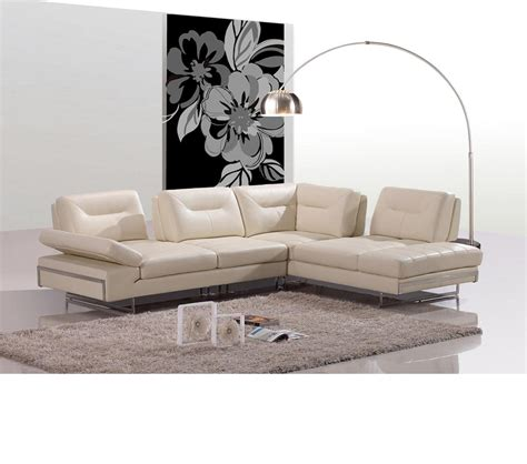 beige leather sectional sofa dreamfurniture com 969a modern beige italian leather