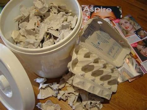 How To Make Paper Mache Without Newspaper - 378 best images about paper mache on
