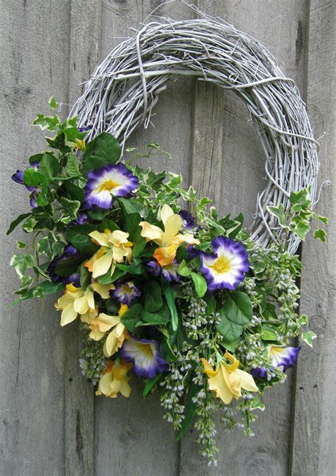 fiori per pasqua ghirlanda di pasqua fai da te le idee pi 249 tutte da