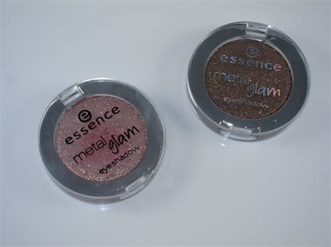Eyeshadow Essence Review essence metal glam eyeshadow review swatches musings of a muse