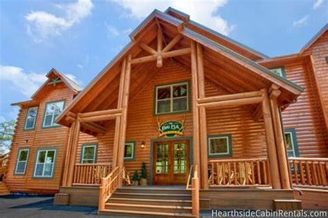 12 bedroom cabins 11 and 12 bedroom gatlinburg cabins and pigeon forge cabins