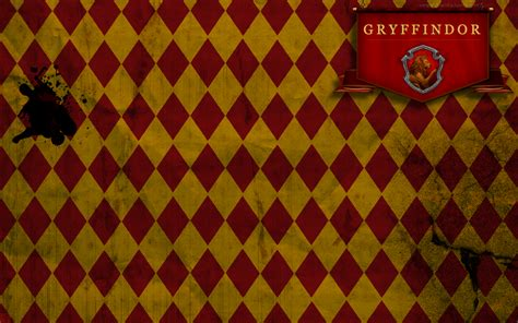 tumblr themes free gryffindor gryffindor wallpaper by tashab07 on deviantart