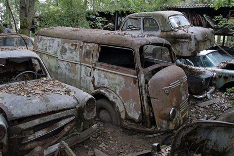 Swiss Army 2046 Kombi Swasa Time 10 abandoned car vehicle graveyards of the world ghosts media