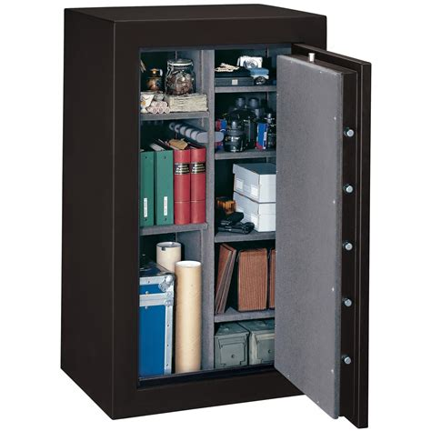 stack on security plus resistant 36 gun safe w