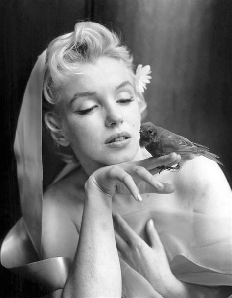 Marilyn Monroe photographed by Cecil Beaton   Beroemdheden