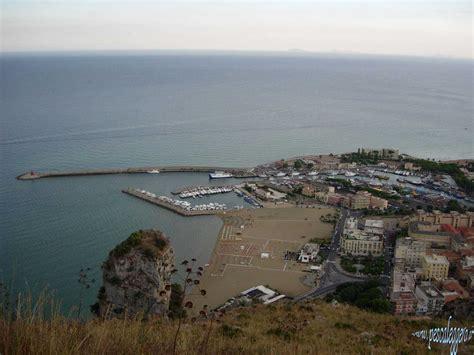 porto di terracina pescare nel porto canale di terracina www pescaleggero it