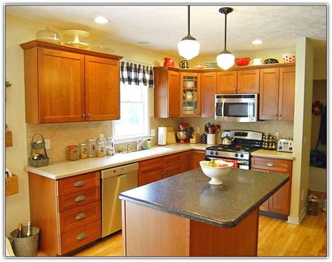 kitchen painting ideas with oak cabinets best 25 updating oak cabinets ideas on