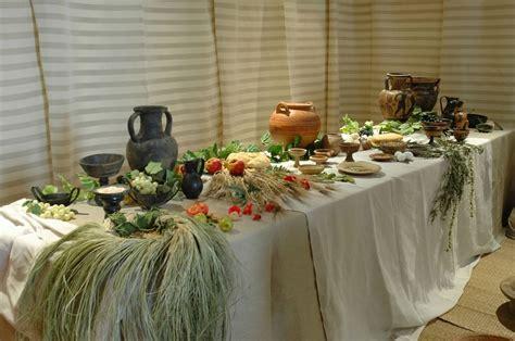 tavole imbandite tavole imbandite dagli etruschi al rinascimento
