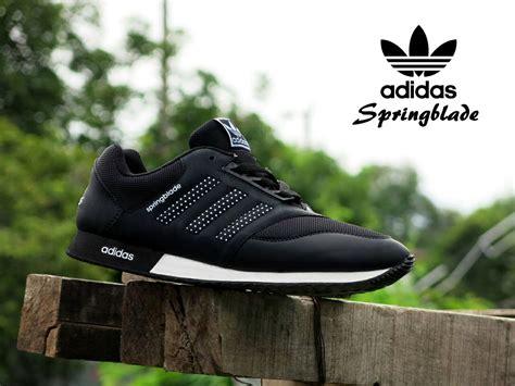 Sepatu Pria Casual Sport Adidas Springblade Made In Import 27 jual sepatu sport adidas springblade hitam putih casual