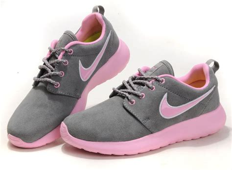 light pink nike roshe 2017 sport shoes and clothing t shirts sneakers