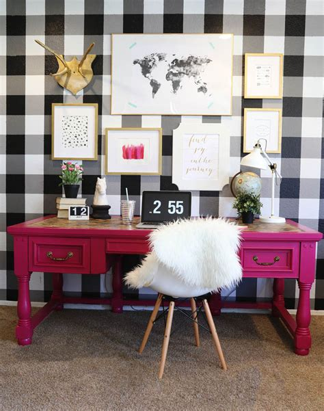 pink and black home decor 5 amazing spring diy decor ideas under 100 your wallet