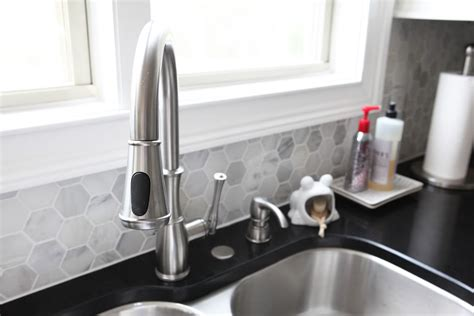 how to choose faucet cover for your kitchen sink