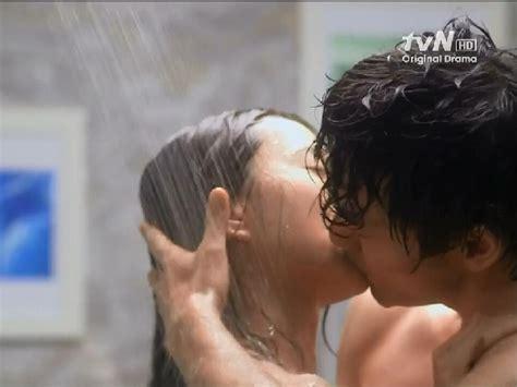 hot kiss scene in bedroom korean drama in need romance 2012 shower kiss soompi