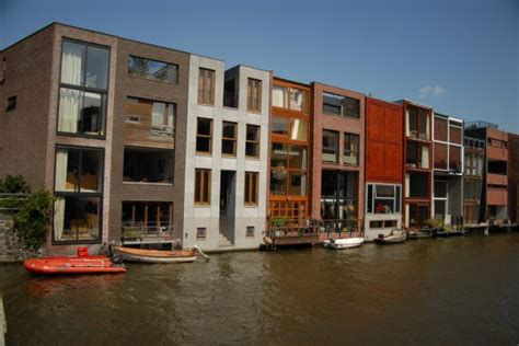 row housing modern row housing in amsterdam contemporist