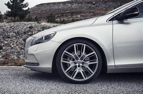 volvo v40 rims volvo announces polestar performance parts for v40 s60