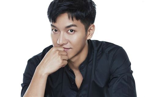 lee seung gi host lee seung gi becomes the host for mnet s produce 48