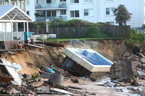 House Cleaning Northern Beaches And Tasmania Weather To Turn South As Superstorm Closes In Daily Mail