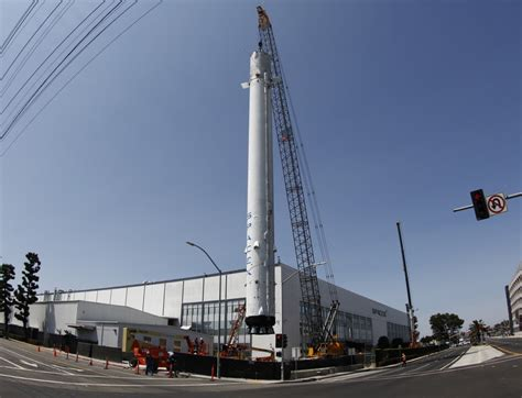Spacex Office Building Spacex Puts Historic Flown Rocket On Permanent Display