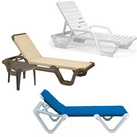 Grosfillex Resin Chaises   National Outdoor Furniture