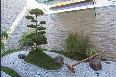 zen garden design a spectacular beverly hills house