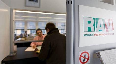 ufficio collocamento svizzera ticino cresce la popolazione attiva rsi radiotelevisione svizzera