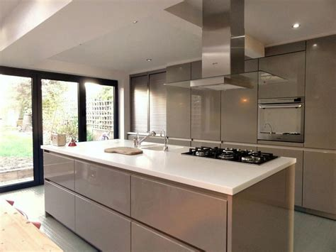 Kitchens With Islands Photo Gallery Contemporary Kitchen Kitchen On Island Kitchen