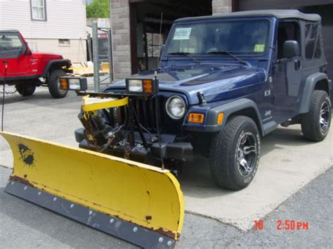 Snow Plow For A Jeep Wrangler Jeep Wrangler Snow Plow