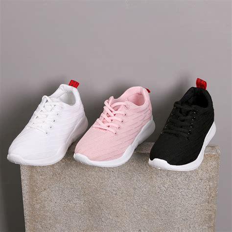 Sepatu Fila Shopee fashion wanita sepatu sneakers bahan breathable gaya